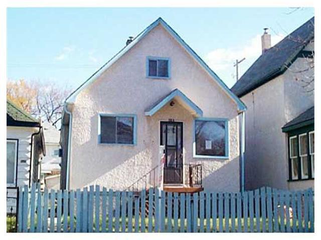 Main Photo: 523 TORONTO Street in WINNIPEG: West End / Wolseley Residential for sale (West Winnipeg)  : MLS®# 2115063