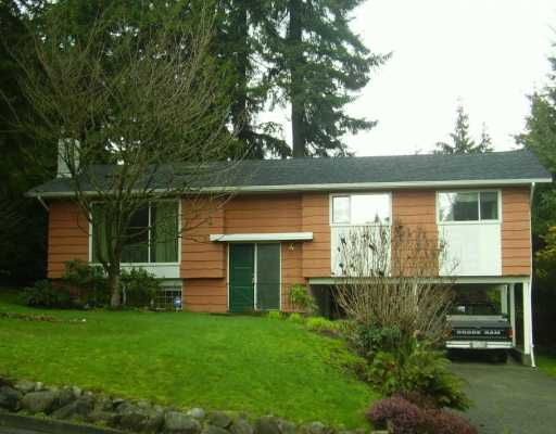 """Main Photo: 2984 FLEET ST in Coquitlam: Ranch Park House for sale in """"RANCH PARK"""" : MLS®# V573899"""