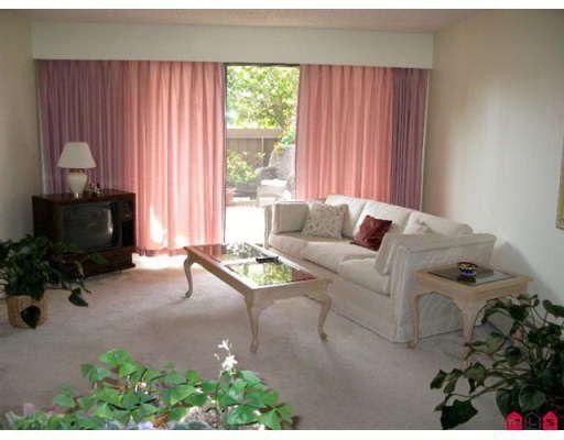 Main Photo: 110 1360 MARTIN Street in White_Rock: White Rock Condo for sale (South Surrey White Rock)  : MLS®# F2900722