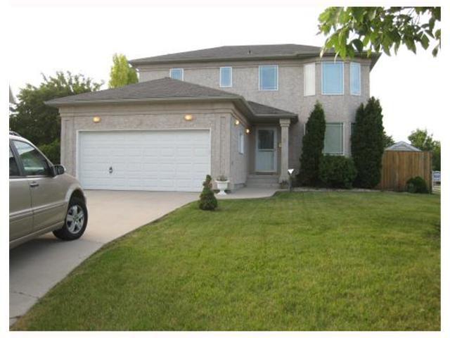 Main Photo: 3 CEDAR RIDGE Cove in WINNIPEG: Fort Garry / Whyte Ridge / St Norbert Residential for sale (South Winnipeg)  : MLS®# 2912538