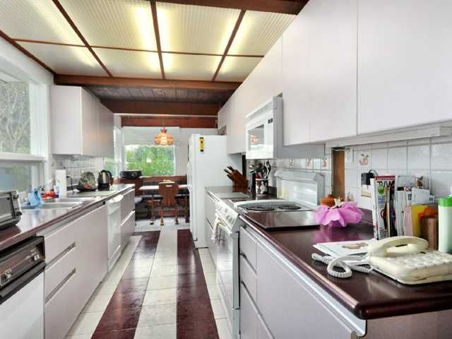 Photo 5: Photos: 811 BURLEY Drive in West Vancouver: Sentinel Hill House for sale : MLS®# V857423