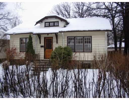 Main Photo:  in WINNIPEG: River Heights / Tuxedo / Linden Woods Residential for sale (South Winnipeg)  : MLS®# 2901837