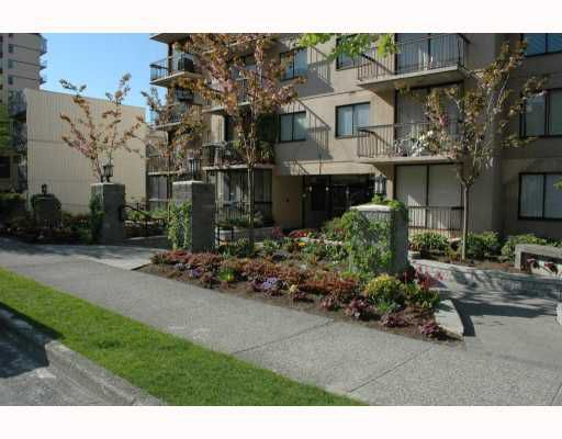"""Main Photo: 804 1146 HARWOOD Street in Vancouver: West End VW Condo for sale in """"LAMPLIGHTER"""" (Vancouver West)  : MLS®# V763953"""