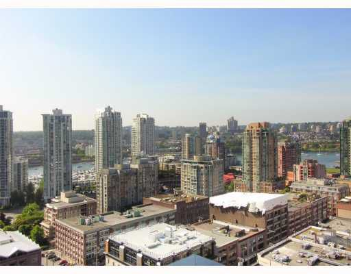 """Main Photo: 2202 1055 HOMER Street in Vancouver: Downtown VW Condo for sale in """"THE DOMUS"""" (Vancouver West)  : MLS®# V777326"""
