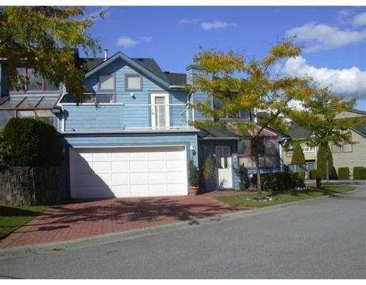 """Main Photo: 10 323 GOVERNORS CT in New Westminster: Fraserview NW Townhouse for sale in """"FRASERVIEW"""" : MLS®# V561174"""