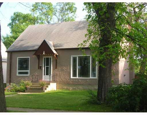 Main Photo: 822 OAKENWALD Avenue in WINNIPEG: Fort Garry / Whyte Ridge / St Norbert Residential for sale (South Winnipeg)  : MLS®# 2917231