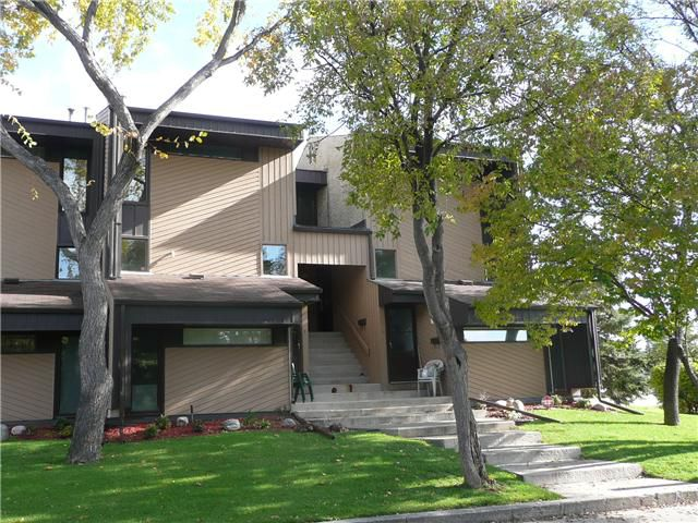Main Photo: 1900 HENDERSON Highway in WINNIPEG: North Kildonan Condominium for sale (North East Winnipeg)  : MLS®# 1019383