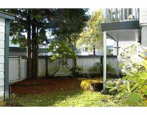"""Main Photo: 26 842 PREMIER ST in North Vancouver: Lynnmour Condo for sale in """"EDGEWATER ESTATES"""" : MLS®# V578454"""