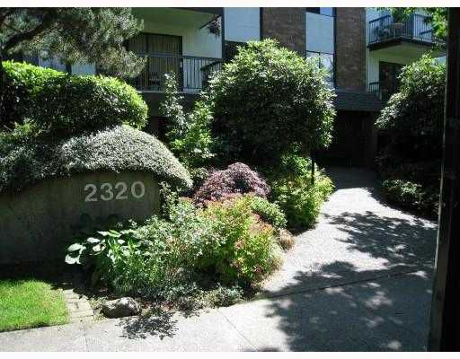 Main Photo: 205 2320 TRINITY Street in Vancouver: Hastings Condo for sale (Vancouver East)  : MLS®# V731833