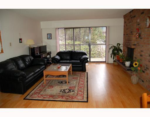 Main Photo: 1121 MARSDEN Court in Burnaby: Simon Fraser Univer. House 1/2 Duplex for sale (Burnaby North)  : MLS®# V762593