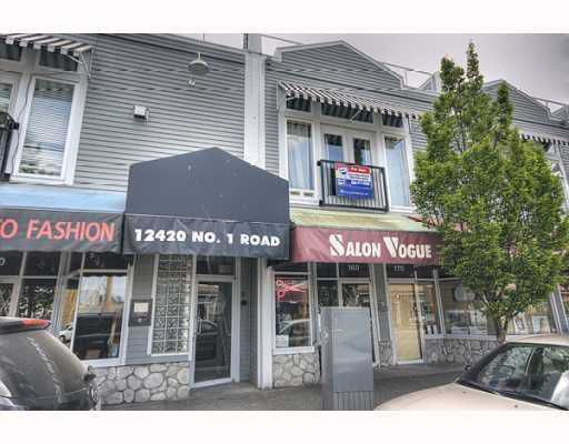 "Main Photo: 250 12420 NO 1 Road in Richmond: Steveston South Townhouse for sale in ""STEVESTON STATION"" : MLS®# V763017"