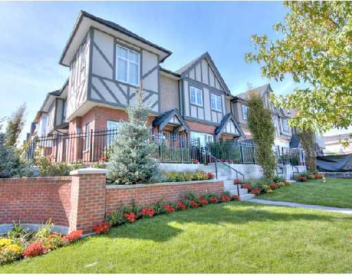 "Main Photo: 1010 W 45TH Avenue in Vancouver: South Granville Townhouse for sale in ""CARRINGTON"" (Vancouver West)  : MLS®# V744695"