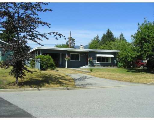 Main Photo: 5778 MERMAID Street in Sechelt: Sechelt District House for sale (Sunshine Coast)  : MLS®# V775647