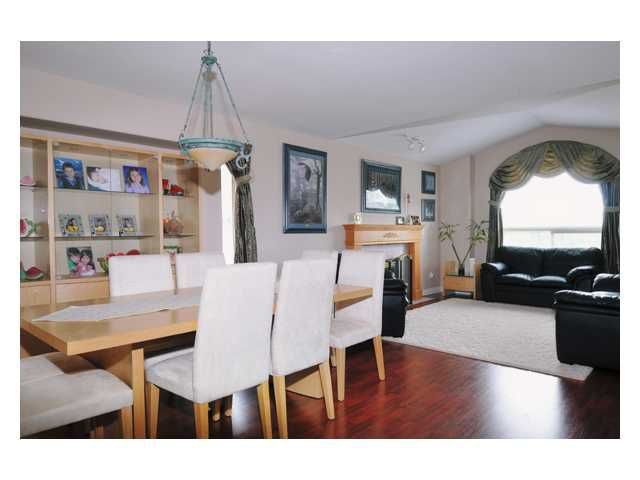 """Photo 5: Photos: 23892 113TH Avenue in Maple Ridge: Cottonwood MR House for sale in """"TWIN BROOKS"""" : MLS®# V834208"""