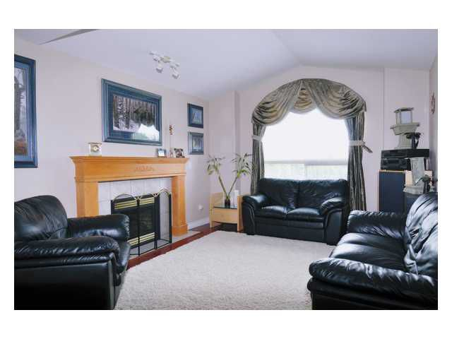 """Photo 4: Photos: 23892 113TH Avenue in Maple Ridge: Cottonwood MR House for sale in """"TWIN BROOKS"""" : MLS®# V834208"""