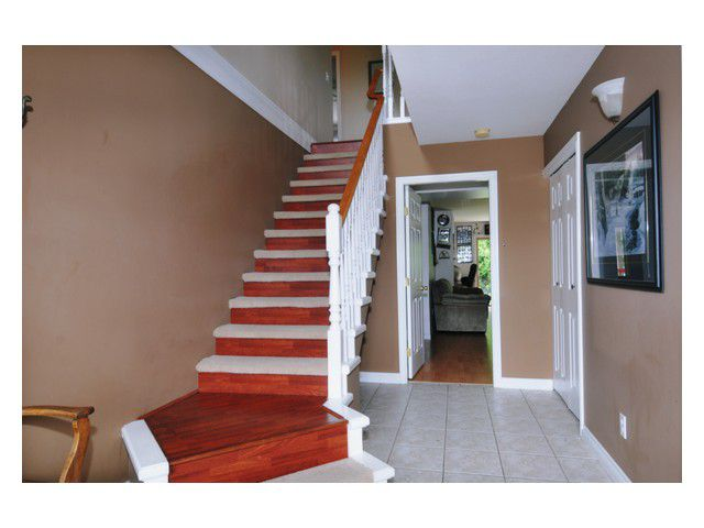"""Photo 2: Photos: 23892 113TH Avenue in Maple Ridge: Cottonwood MR House for sale in """"TWIN BROOKS"""" : MLS®# V834208"""