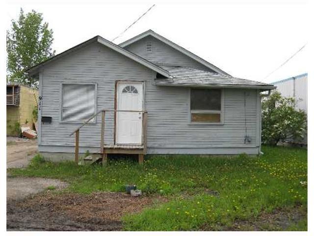 Main Photo: 911 DUGALD Road in WINNIPEG: St Boniface Residential for sale (South East Winnipeg)  : MLS®# 2708842