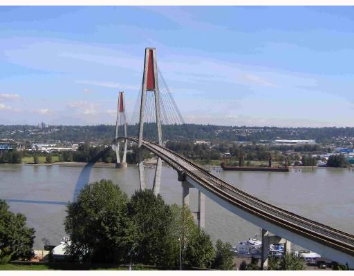 """Main Photo: 902 31 ELLIOT Street in New_Westminster: Downtown NW Condo for sale in """"ROYAL ALBERT"""" (New Westminster)  : MLS®# V732713"""