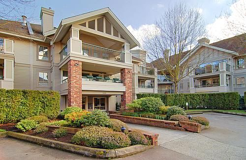 "Main Photo: 211 22025 48TH Avenue in Langley: Murrayville Condo for sale in ""AUTUMN RIDGE"" : MLS®# F2903615"