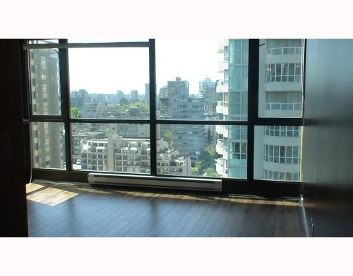 """Photo 5: Photos: 2210 1331 ALBERNI Street in Vancouver: West End VW Condo for sale in """"THE LIONS"""" (Vancouver West)  : MLS®# V767483"""