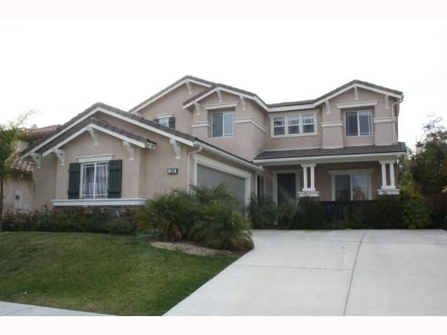 Main Photo: CHULA VISTA House for sale : 4 bedrooms : 1302 Creekside