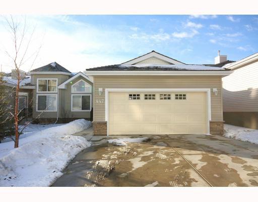 Main Photo: 447 ROCKY VISTA Gardens NW in CALGARY: Rocky Ridge Ranch Townhouse for sale (Calgary)  : MLS®# C3368573