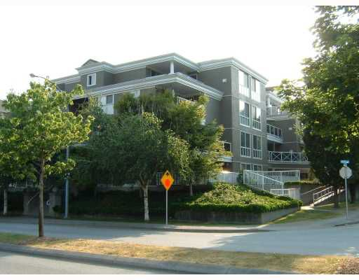"Main Photo: 306 2485 ATKINS Avenue in Port Coquitlam: Central Pt Coquitlam Condo for sale in ""THE ESPLANADE"" : MLS®# V765944"