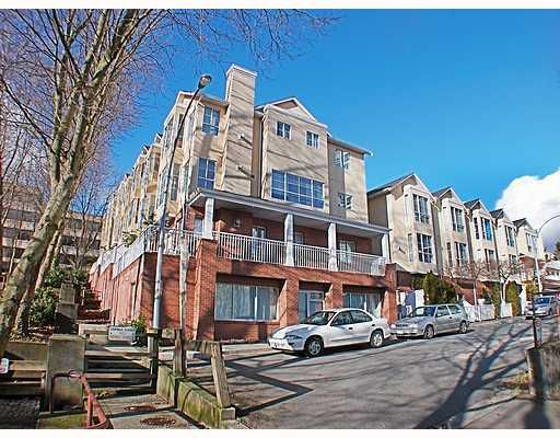 Main Photo: 404 624 AGNES Street in New_Westminster: Downtown NW Condo for sale (New Westminster)  : MLS®# V751563
