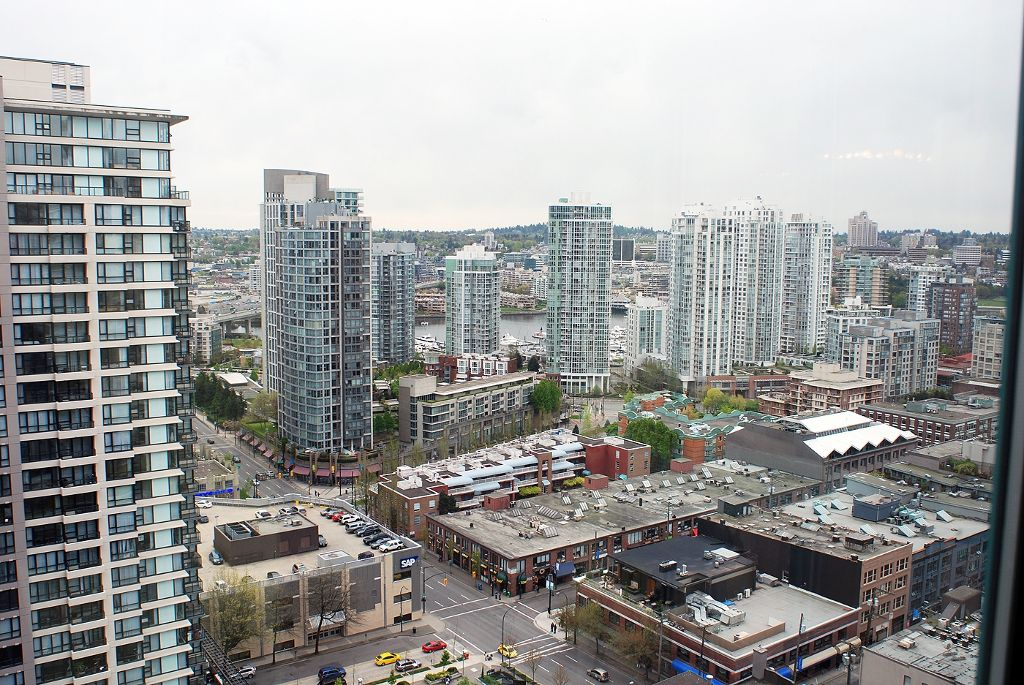 "Main Photo: 2706 939 HOMER Street in Vancouver: Downtown VW Condo for sale in ""PINNACLE"" (Vancouver West)  : MLS®# V823829"