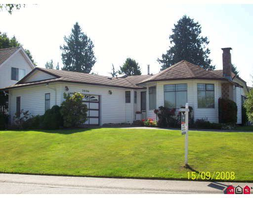 Main Photo: 20106 50A Avenue in Langley: Langley City House for sale : MLS®# F2826817