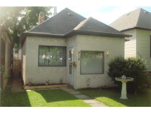 Main Photo: 212 COLLEGIATE Street in WINNIPEG: St James Residential for sale (West Winnipeg)  : MLS®# 1011279
