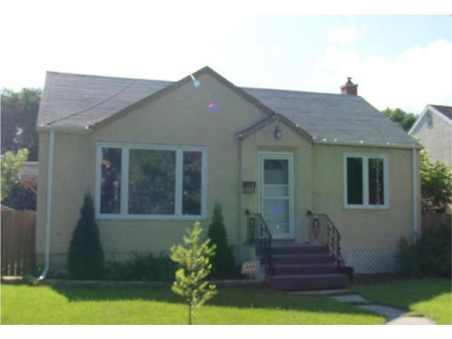 Main Photo: 441 LOUIS RIEL Street in WINNIPEG: St Boniface Residential for sale (South East Winnipeg)  : MLS®# 1014548