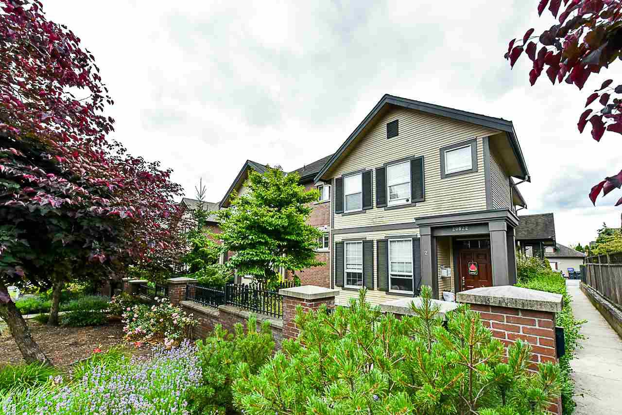 """Main Photo: 4 20822 70 Avenue in Langley: Willoughby Heights Townhouse for sale in """"PRELUDE"""" : MLS®# R2388543"""