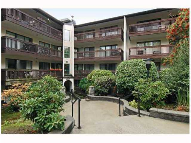 """Main Photo: 117 9847 MANCHESTER Drive in Burnaby: Cariboo Condo for sale in """"BARCLAY WOODS"""" (Burnaby North)  : MLS®# V841319"""
