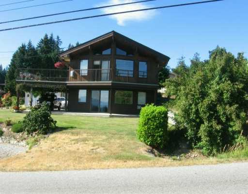 Main Photo: 5112 BAY RD in Sechelt: Sechelt District House for sale (Sunshine Coast)  : MLS®# V604266