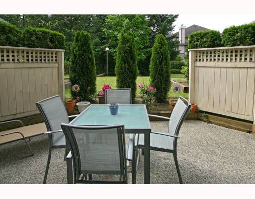 """Main Photo: 102 1148 WESTWOOD Street in Coquitlam: North Coquitlam Condo for sale in """"THE CLASSICS"""" : MLS®# V771774"""
