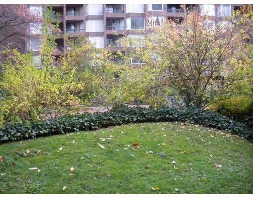 "Main Photo: 222 1330 BURRARD Street in Vancouver: Downtown VW Condo for sale in ""ANCHOR POINT"" (Vancouver West)  : MLS®# V797413"