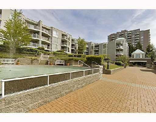 """Main Photo: 211 8430 JELLICOE Street in Vancouver: Fraserview VE Condo for sale in """"BOARDWALK"""" (Vancouver East)  : MLS®# V718327"""
