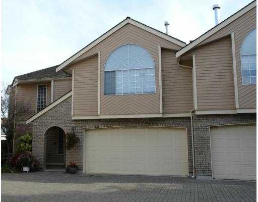 """Main Photo: 5501 LADNER TRUNK Road in Ladner: Hawthorne Townhouse for sale in """"SYCAMORE COURT"""" : MLS®# V619441"""