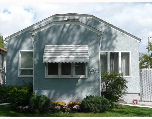 Main Photo: 493 MATHESON Avenue in WINNIPEG: West Kildonan / Garden City Residential for sale (North West Winnipeg)  : MLS®# 2817042