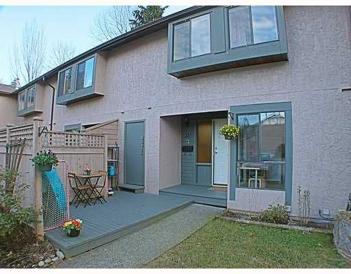 """Main Photo: 33 3190 TAHSIS Avenue in Coquitlam: New Horizons Townhouse for sale in """"NEW HORIZON ESTATES"""" : MLS®# V753291"""