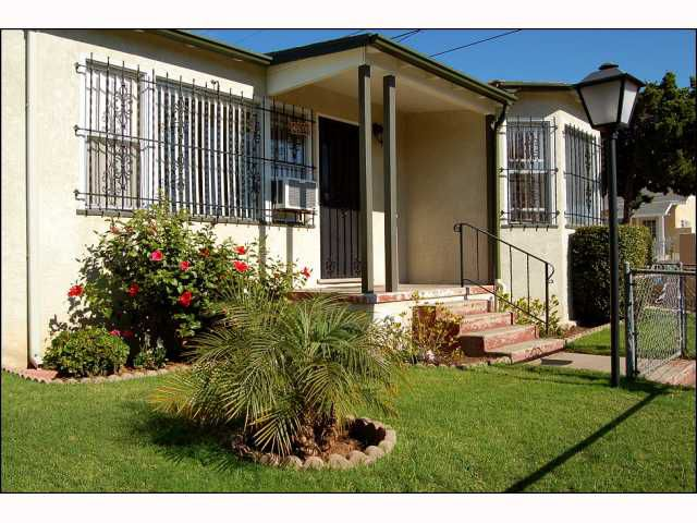 Main Photo: CITY HEIGHTS House for sale : 2 bedrooms : 4618 Polk in San Diego