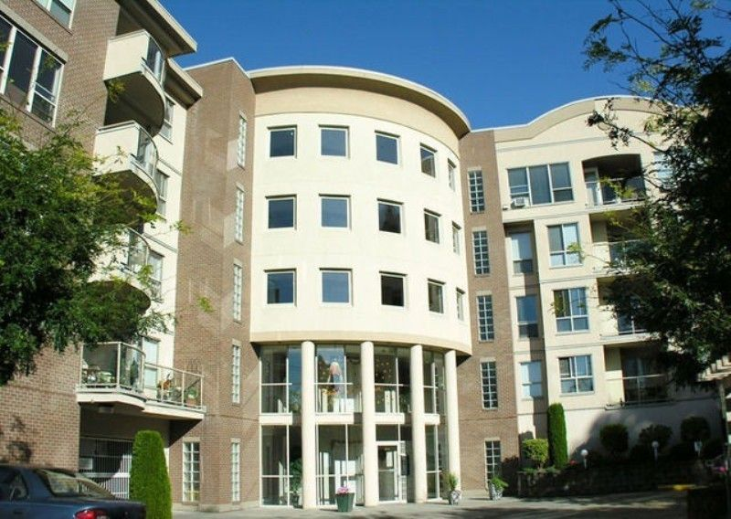 """Main Photo: 307 33731 MARSHALL Road in Abbotsford: Central Abbotsford Condo for sale in """"STEPHANIE PLACE"""" : MLS®# F1028827"""