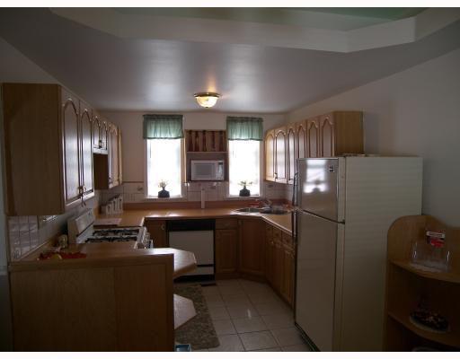 Main Photo: 222 Bowman Avenue in WINNIPEG: East Kildonan Residential for sale (North East Winnipeg)  : MLS®# 2814504