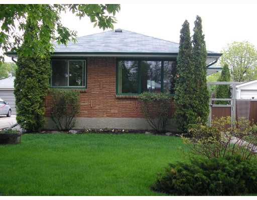 Main Photo: 473 LOCKSLEY Bay in WINNIPEG: East Kildonan Residential for sale (North East Winnipeg)  : MLS®# 2809674