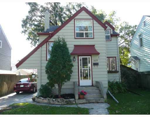 Main Photo: 910 FLEET Avenue in WINNIPEG: Fort Rouge / Crescentwood / Riverview Residential for sale (South Winnipeg)  : MLS®# 2818574