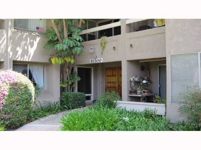 Main Photo: MISSION VALLEY Condo for sale : 2 bedrooms : 10300 Caminito Cuervo #58 in San Diego