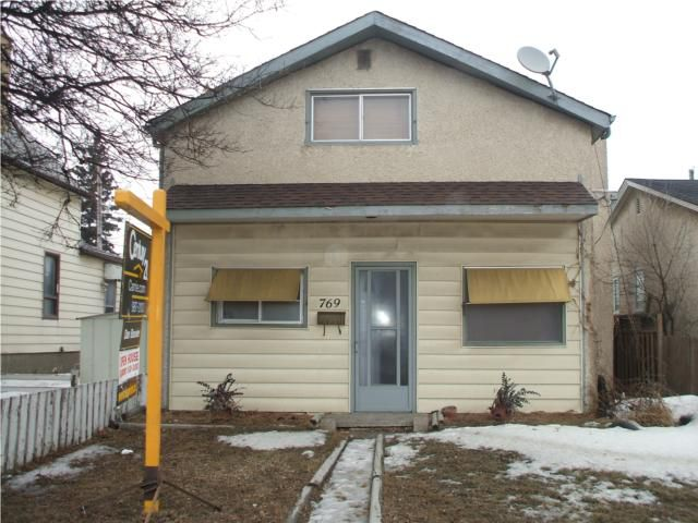 Main Photo: 769 Nairn Avenue in WINNIPEG: East Kildonan Residential for sale (North East Winnipeg)  : MLS®# 1003422