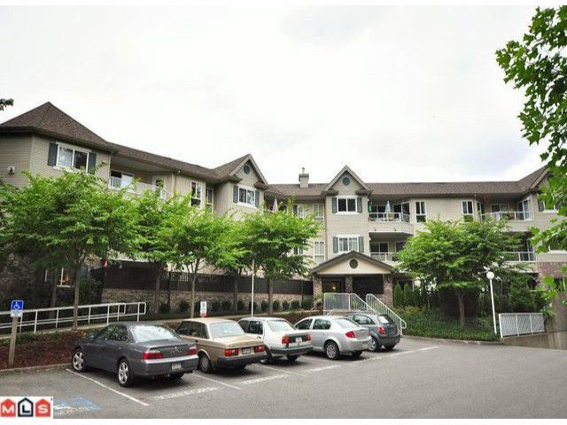 Main Photo: 115 16137 83RD Avenue in Surrey: Fleetwood Tynehead Condo for sale : MLS®# F1023841