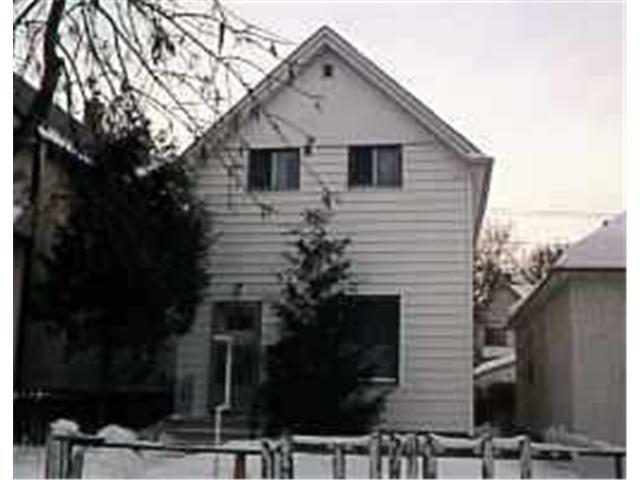Main Photo: 435 SIMCOE Street in WINNIPEG: West End / Wolseley Residential for sale (West Winnipeg)  : MLS®# 9527672